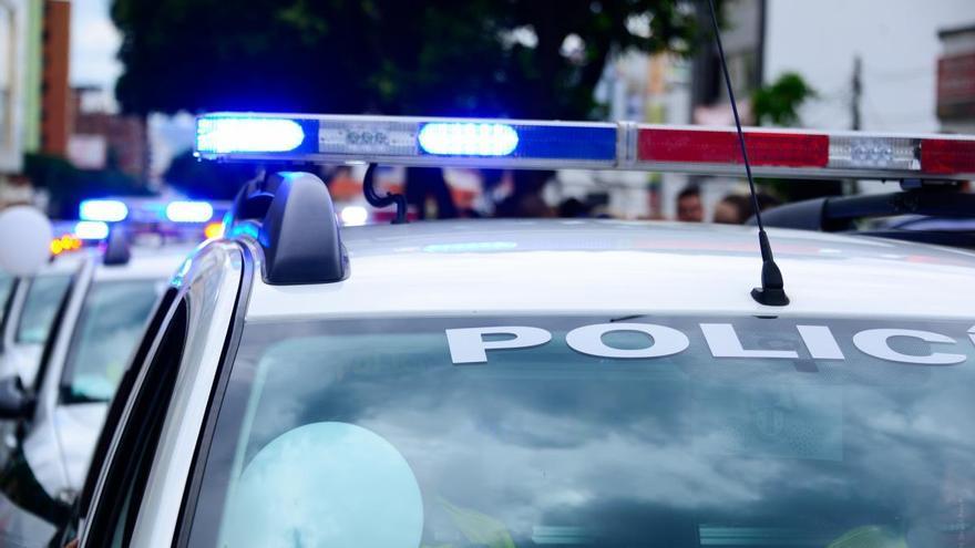 Detingut un home begut per agredir un sanitari i un policia a la Jonquera