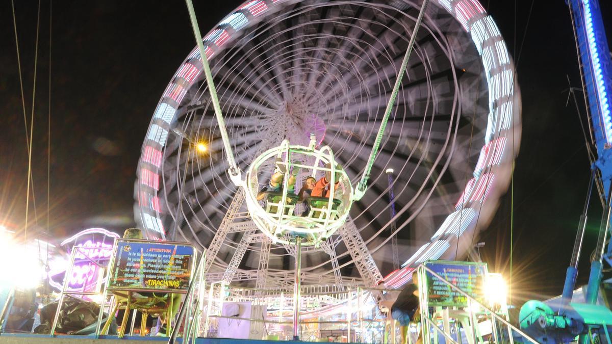 Atracción en La Fica durante la Feria de Murcia.