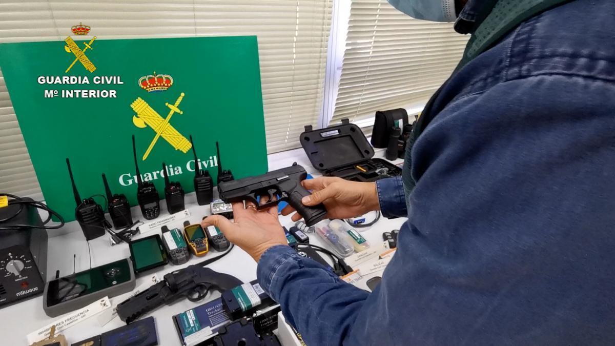 Desmantelan una organización criminal que robó dos vehículos de alta gama llenos de marihuana en Cabanes