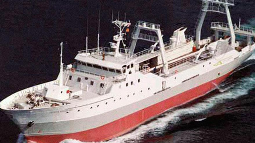 """Choque entre un barco asiático y el vigués """"Pesca Vaqueiro"""" cerca de Malvinas"""