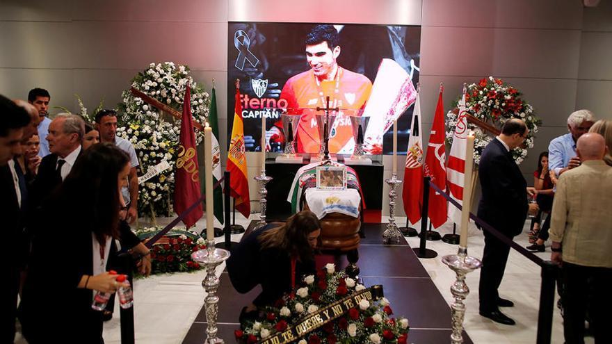 La familia del fallecido futbolista José Antonio Reyes se plantea demandar a Santiago Cañizares