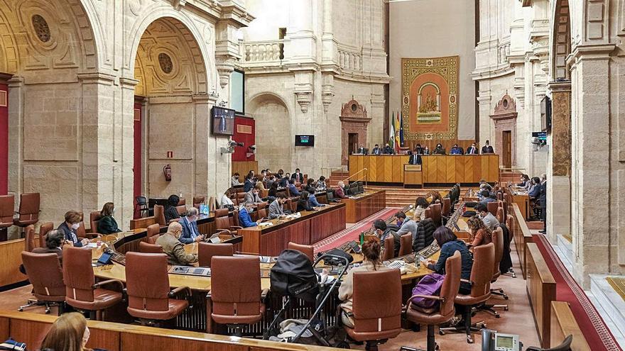PP, Cs y PSOE marcan distancias que alejan el pacto presupuestario en Andalucía