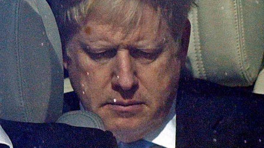 Duel entre Boris Johnson  i Jeremy Hunt per succeir May com a líder dels tories