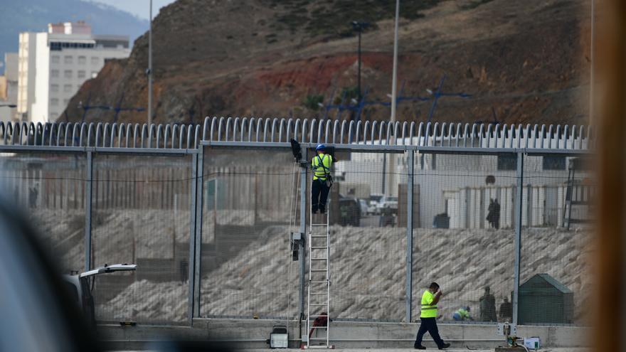 Marruecos incrementa la seguridad en las cercanías de Ceuta para evitar nuevos asaltos