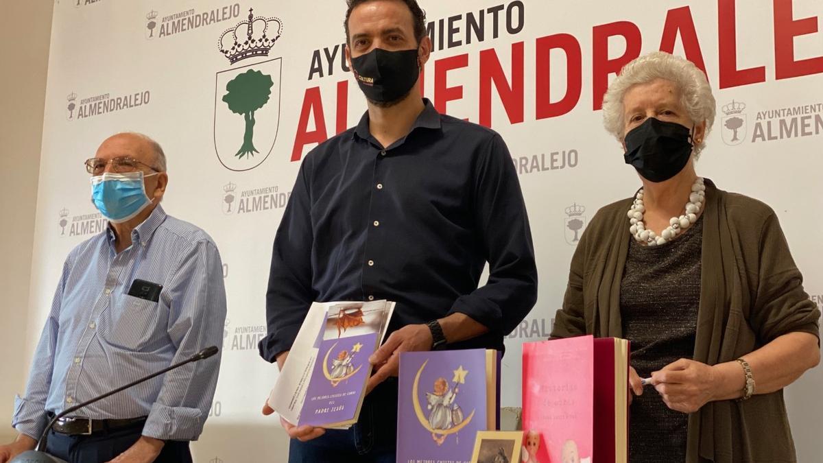 Adolfo Nieto, Domingo Cruz y María Teresa Rodríguez