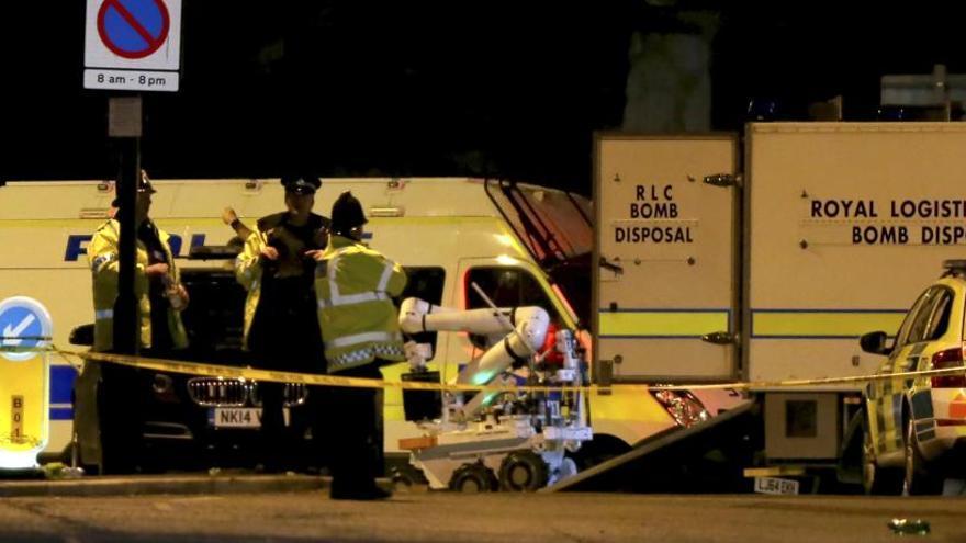 Almenys 22 morts i 59 ferits en un atemptat en un concert juvenil a Manchester
