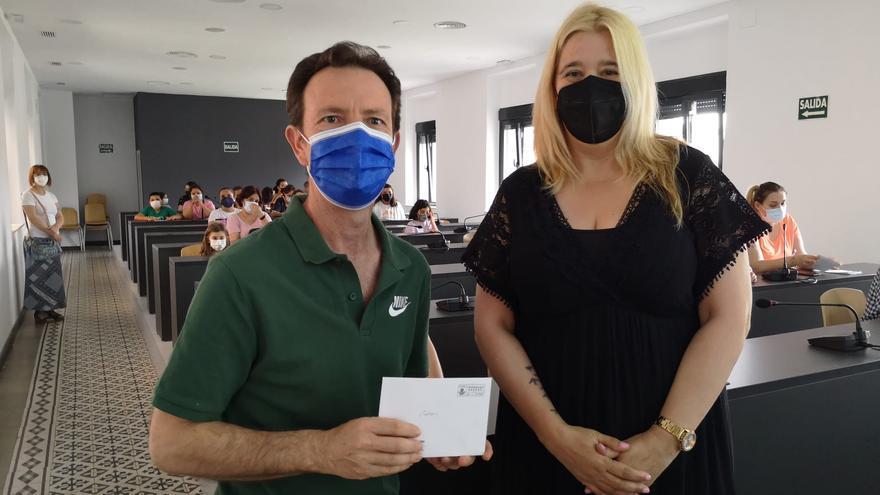 Navalmoral premia los mejores carteles contra el tabaco