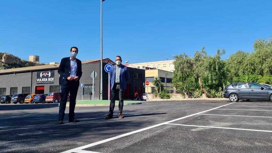 El aparcamiento público de la calle La Madera se abre en Elda
