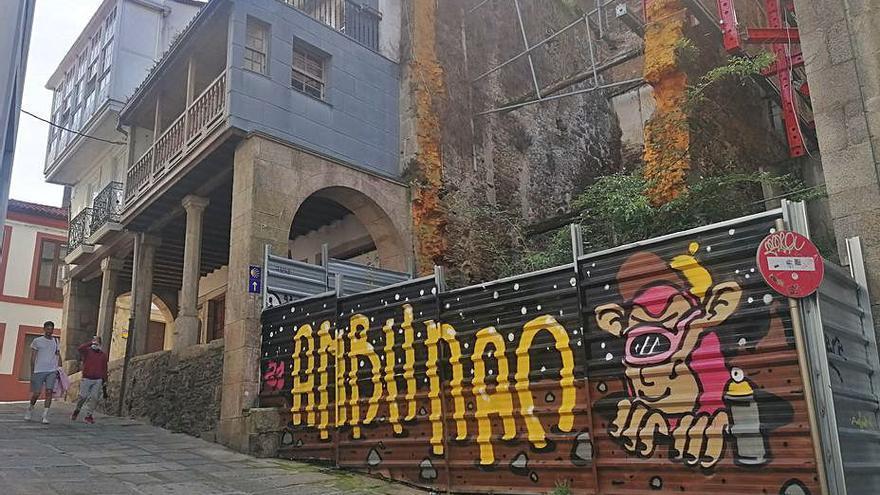 El concurso para reconstruir la Casa Gótica de Betanzos queda desierto