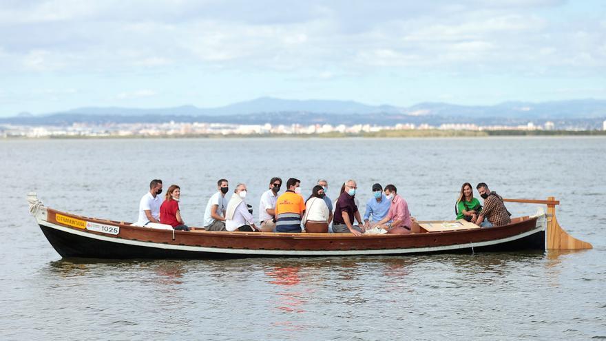 L'Albufera incorpora la primera barca eléctrica para vigilar y gestionar el lago