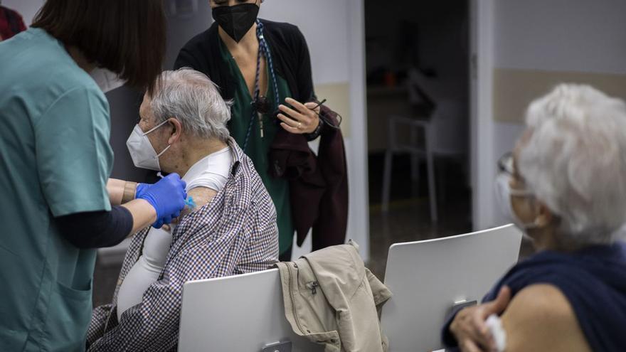 Ximo Puig se reunió con directivos de Johnson & Johnson para garantizarse dos millones de dosis en València