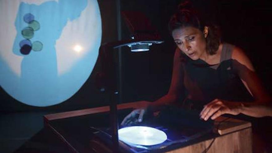 Danza Xixón 2020: 'La burbuja de Julia'