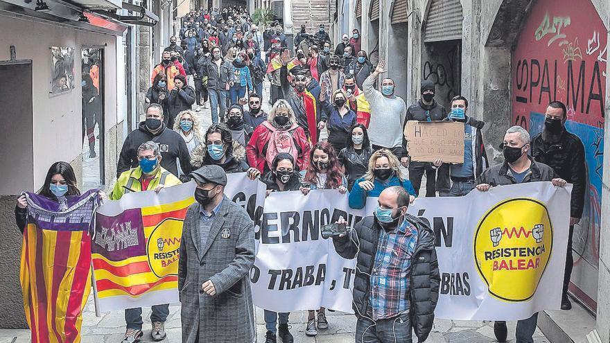 Resistencia Balear pincha con solo 90 personas en su protesta contra el Govern