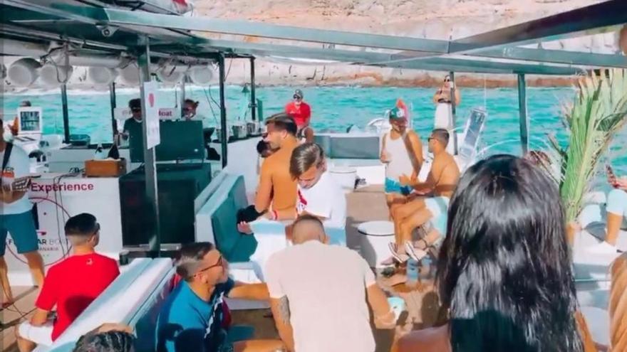 Graban dos fiestas en barcos de recreo en el sur de Gran Canaria