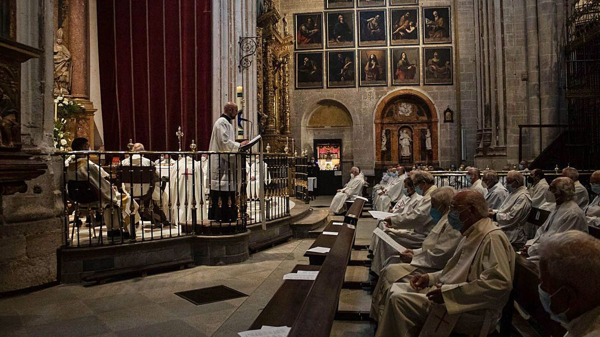 Celebración de la Jornada Sacerdotal en la Catedral de Zamora.