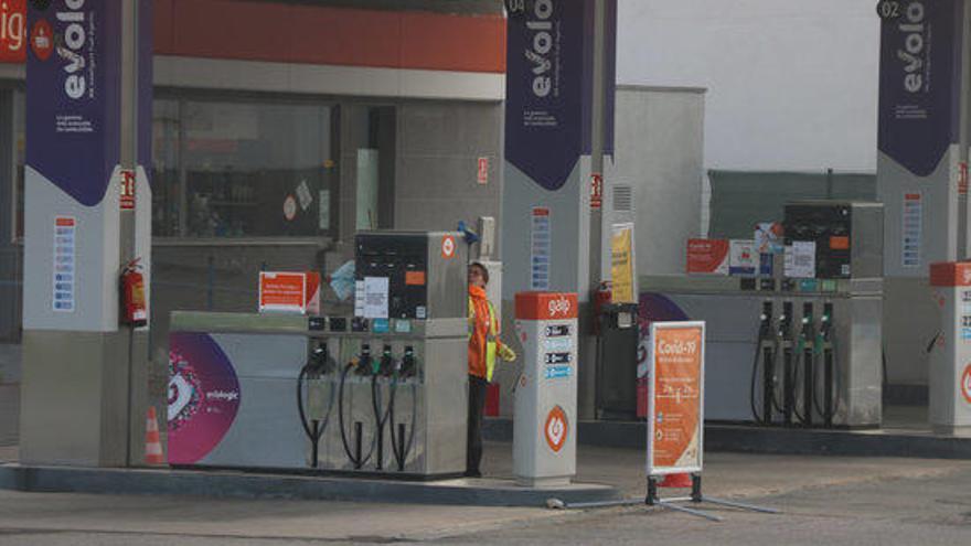 El consum de carburants va baixar un 18% l'any passat a Catalunya per la pandèmia