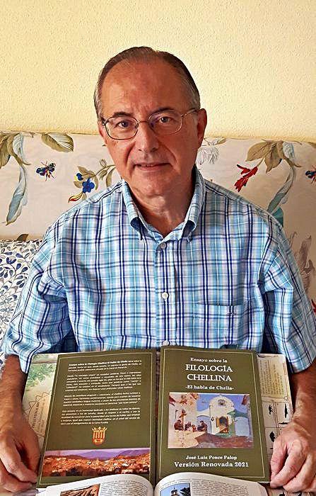 José Luís Ponce con un ejemplar   LEVANTE-EMV