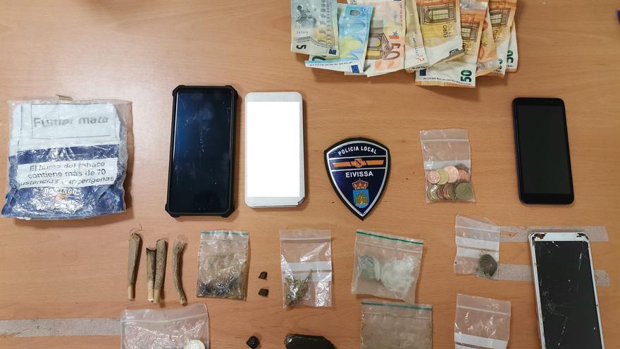 Detenido en Ibiza tras huir cuando la Policía le sorprendió vendiendo droga