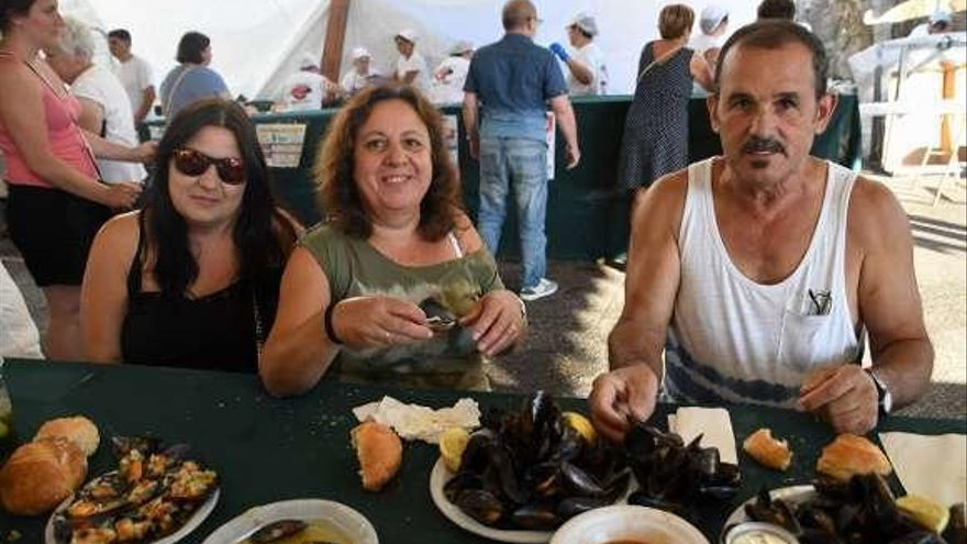 La Festa do Mexillón de Chapela repartirá 5.000 kilos de molusco