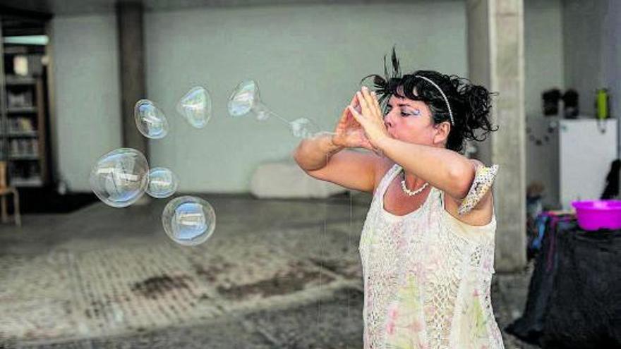 Los talleres de verano en la Biblioteca de Zamora, con agua y jabón