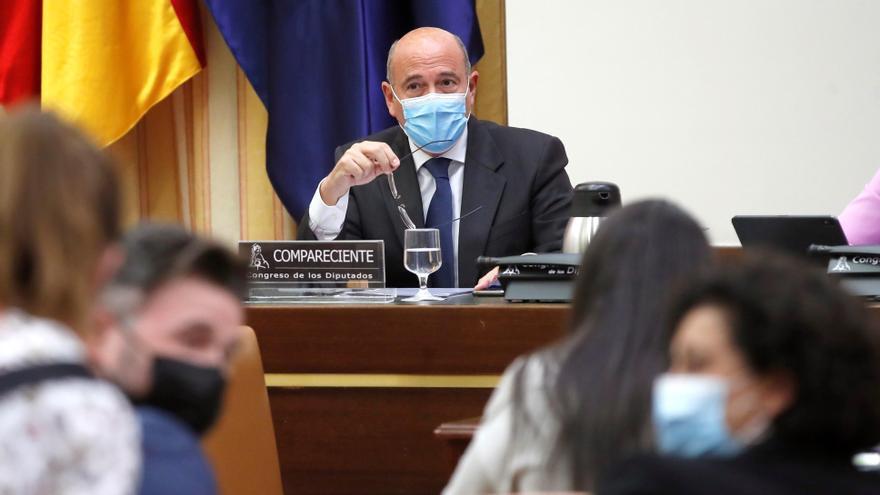 """Rufián a Pérez de los Cobos: """"No me vacile, no está en un cuartel"""""""