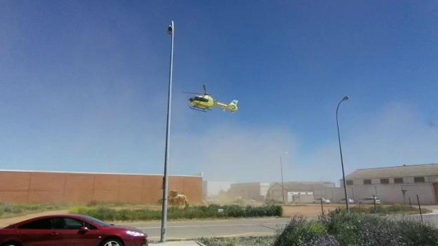 Intervención de un helicóptero medicalizado en Benavente