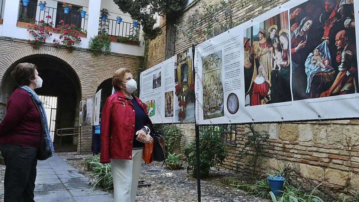 Exposición 'Fiestas y Tradiciones Cristianas', en Rey Heredia 22.