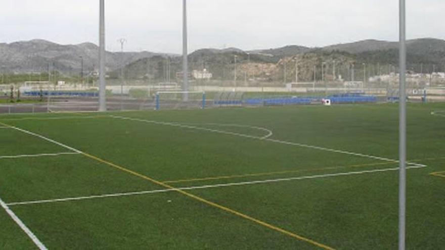 Los campos de fútbol de Roís de Corella tendrán nuevo césped antes de final de agosto