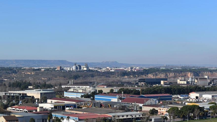 Monzón atrae a las empresas a la zona oriental de Aragón
