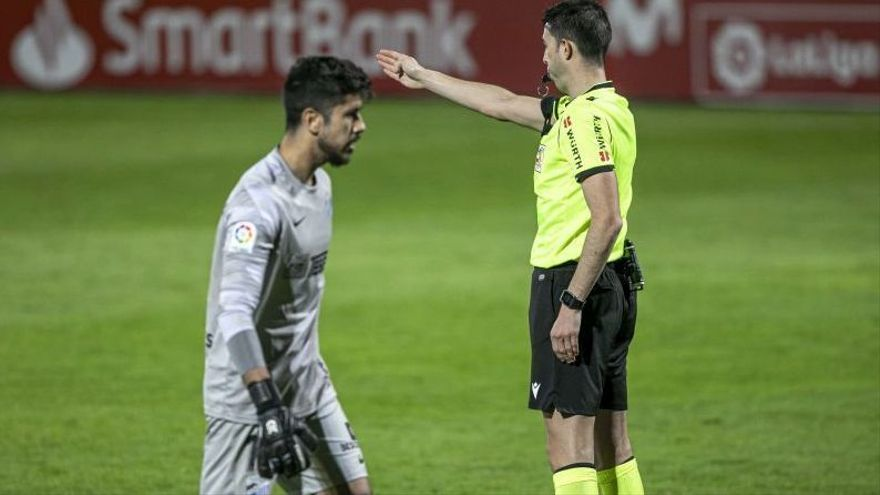 El Málaga CF, los árbitros, el VAR...  y la historia de nunca acabar
