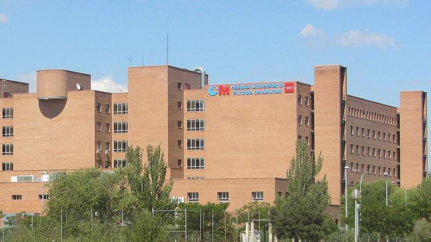 Un conductor de ambulancia degüella a un enfermero en el Hospital de Alcalá de Henares