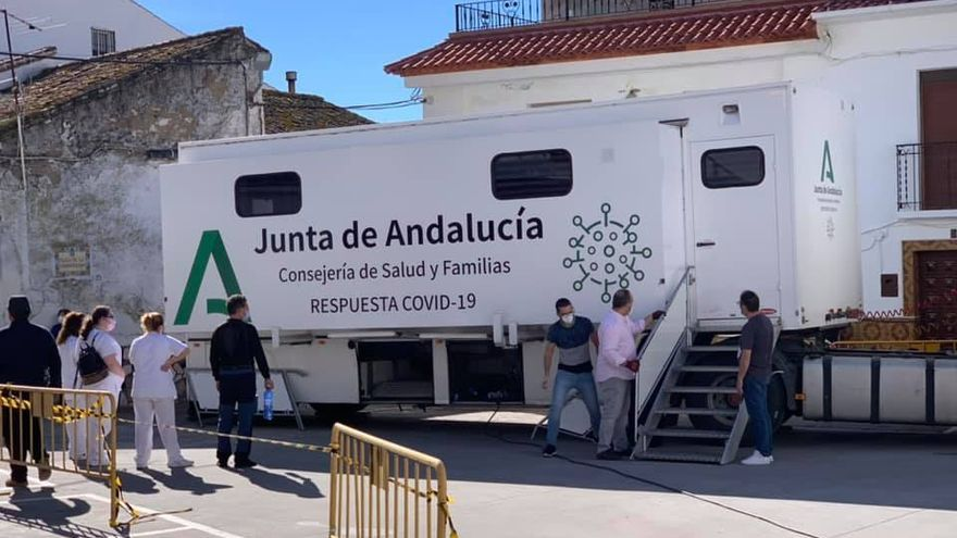 El cribado de Alfarnatejo no detecta ningún caso positivo a pesar de tener una incidencia de 2.652 casos por 100.000 habitantes