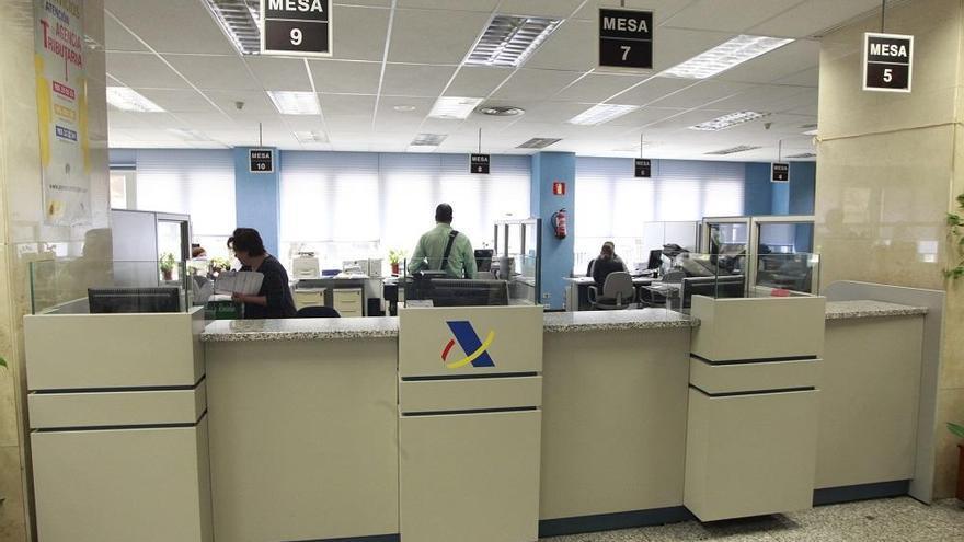 La Agencia Tributaria ha devuelto ya 232 millones a casi 374.000 contribuyentes en Málaga