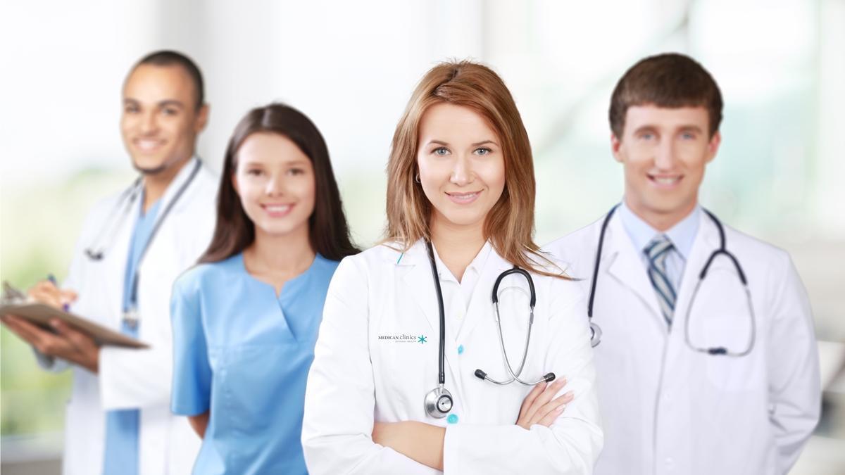 Equipo médico capilar - Medican Clinics