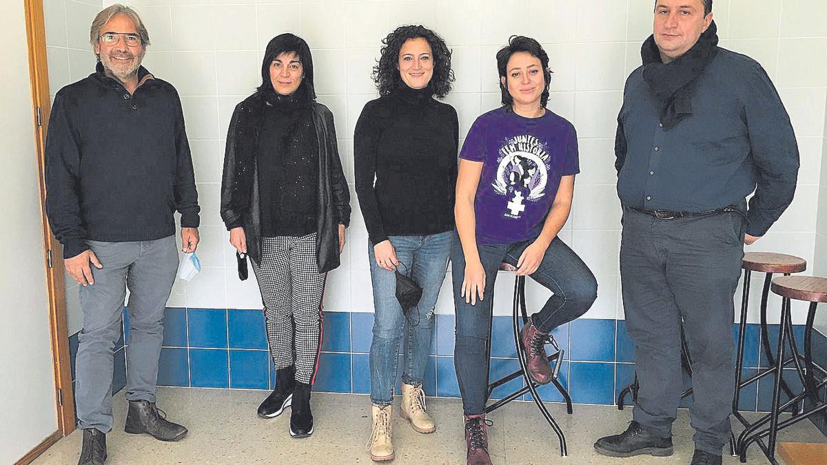 Javi Monzó, Rosa Delhom, Gemma Pérez, Yasmina Yousfi i Toni González Picornell.