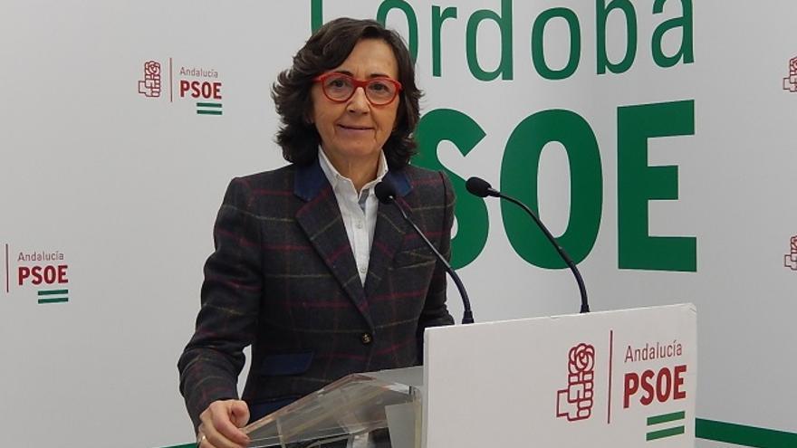 """Rosa Aguilar critica que la Junta """"recorte dinero de empleo"""" para contratar equipos de informática"""