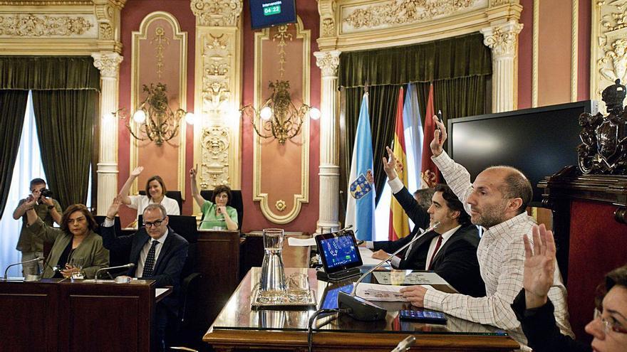 Los sueldos del Concello: de los casi 70.000 euros del alcalde a los 49.800 de un concejal