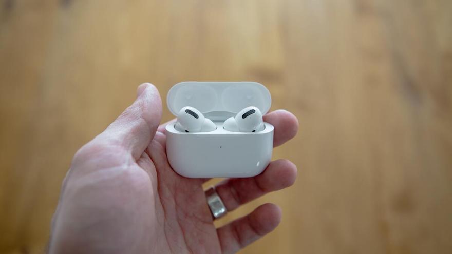 ¡Di adiós a los cables con los AirPods de Apple al 26 % de descuento!