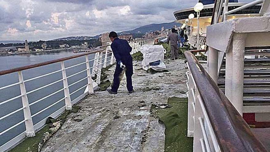 Los pasajeros del crucero en obras son compensados