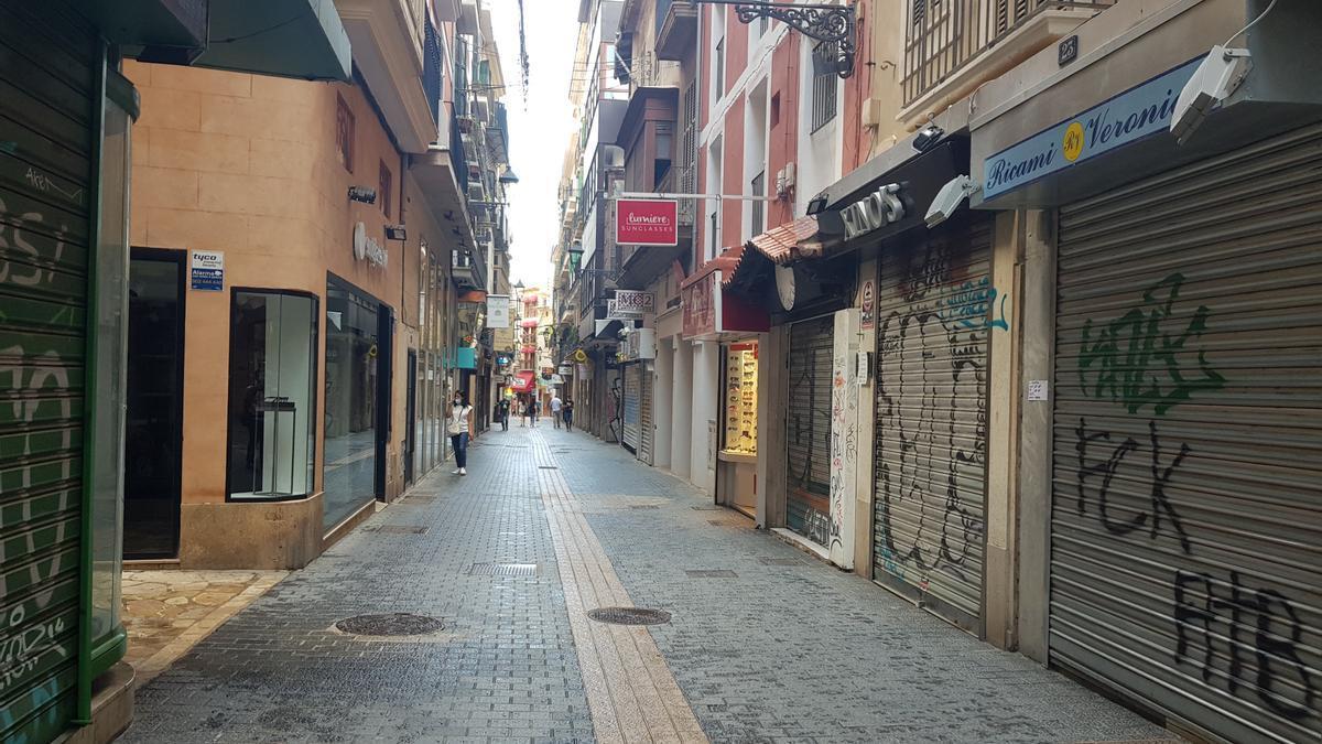 Comercios del centro cerrados.