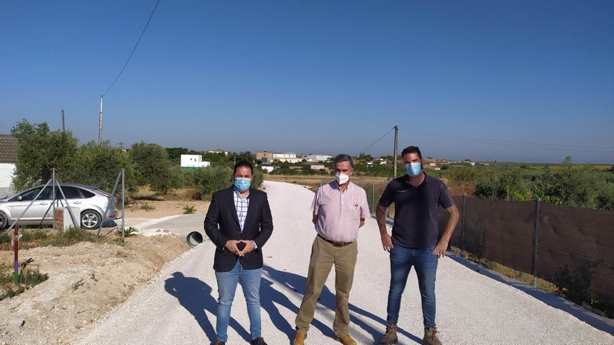 La Delegación de Infraestructuras de la Diputación actúa en los caminos De la Laguna y De la Victoria en La Guijarrosa