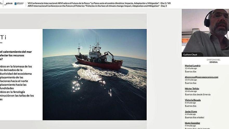La caballa, objetivo de la flota gallega, se aleja 15 kilómetros por década debido al cambio climático