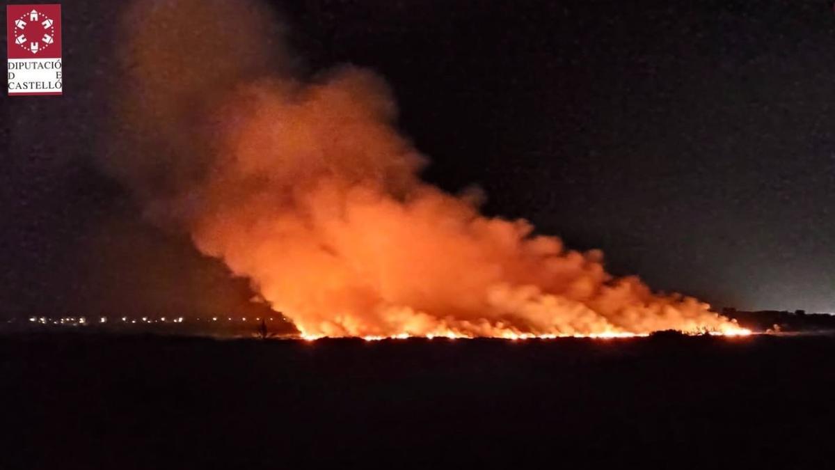 Incendio forestal en Almenara