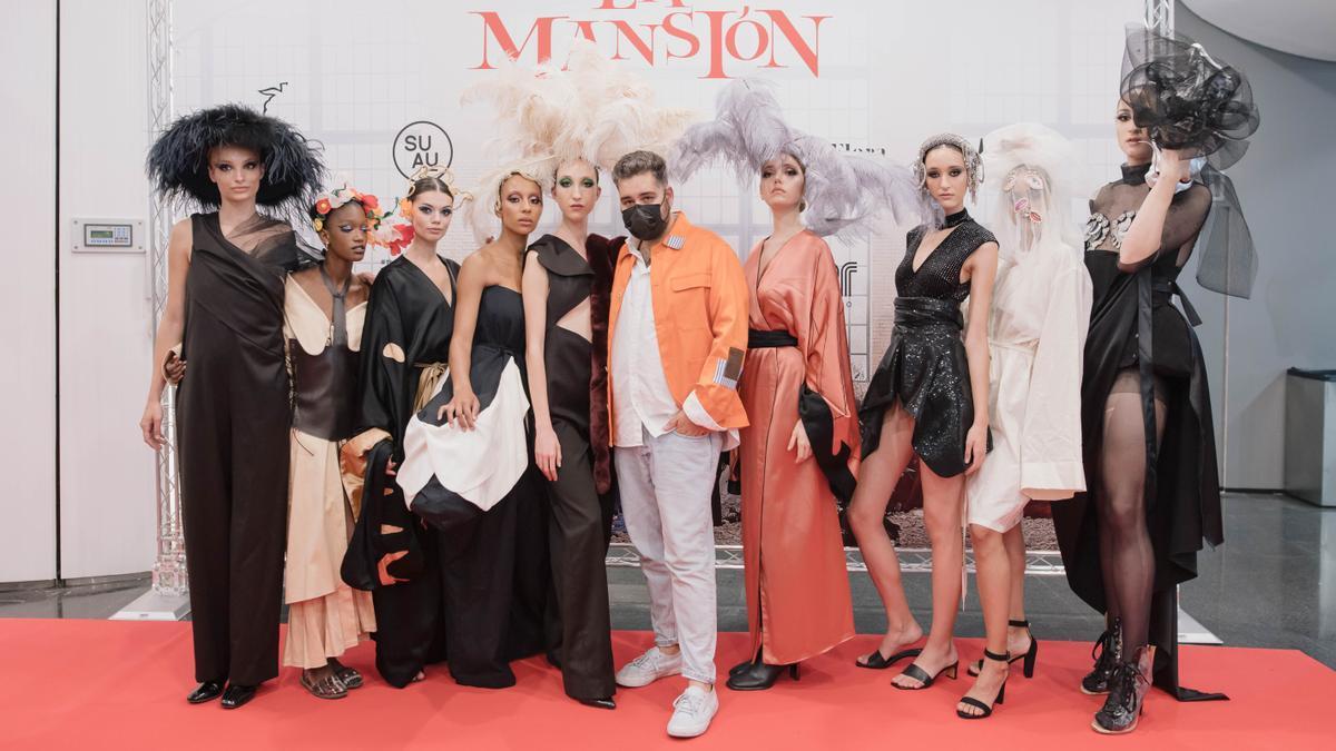 Presentación de la colección de moda La Mansión, del diseñador Betto García.
