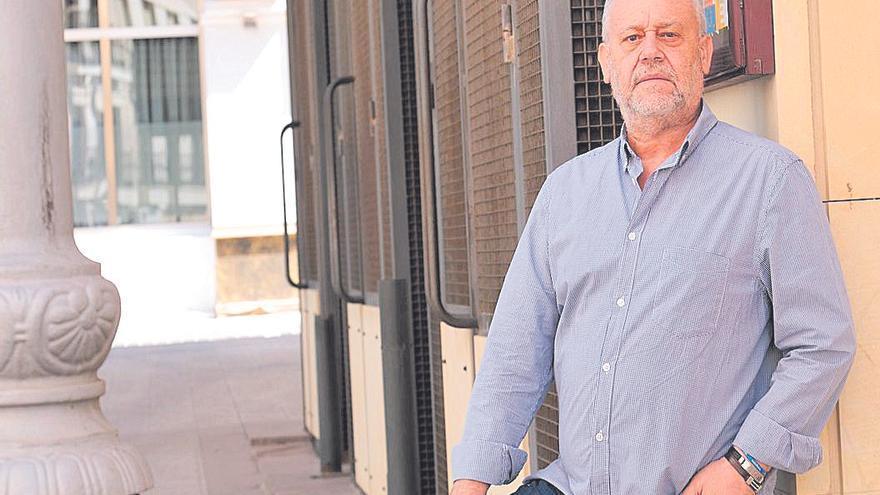 Juan Vera Gil: «Solo la política local lucha con dignidad frente al abandono de la cultura en España»