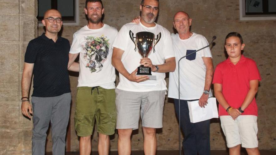 La peña Kuba gana el concurso de paellas de Alaquàs