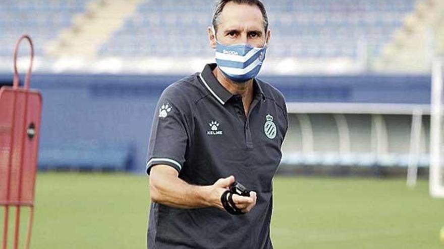 Vicente Moreno entrena al Espanyol por primera vez