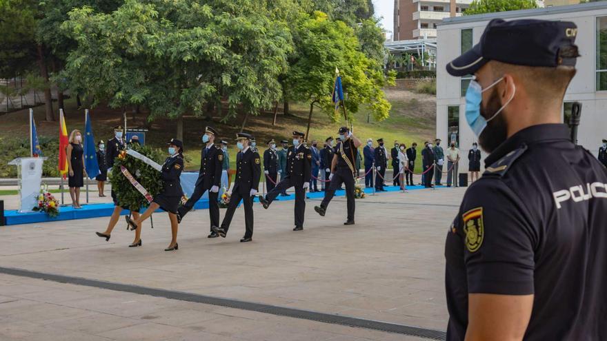Benidorm celebra el Día de la Policía Nacional
