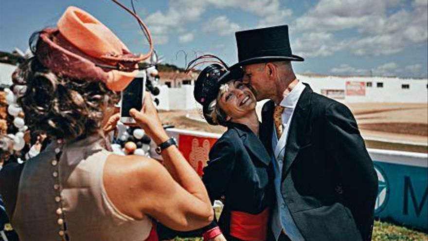 Glamour y caballos: 'Hats & Horses' llega a Mallorca