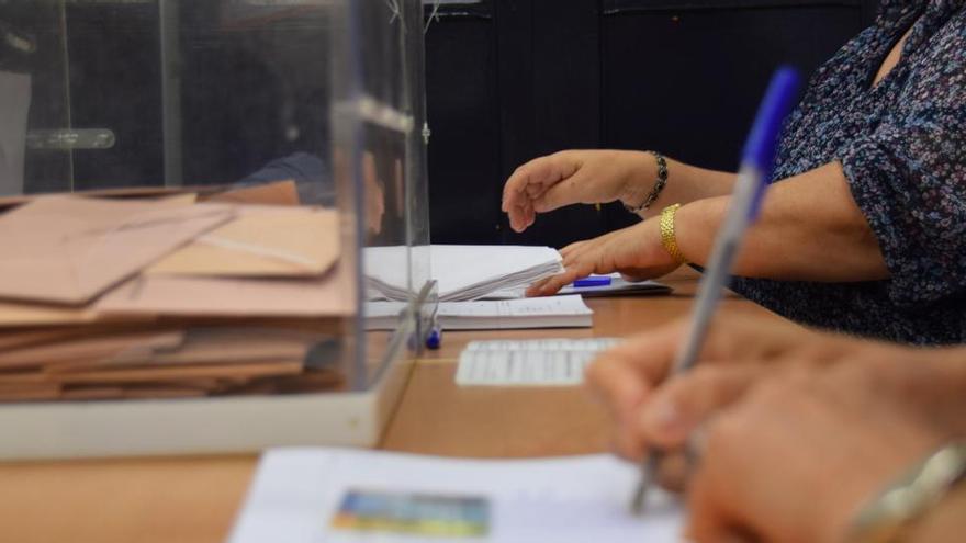El Govern se plantea no publicar los resultados el 14F si fallan muchas mesas